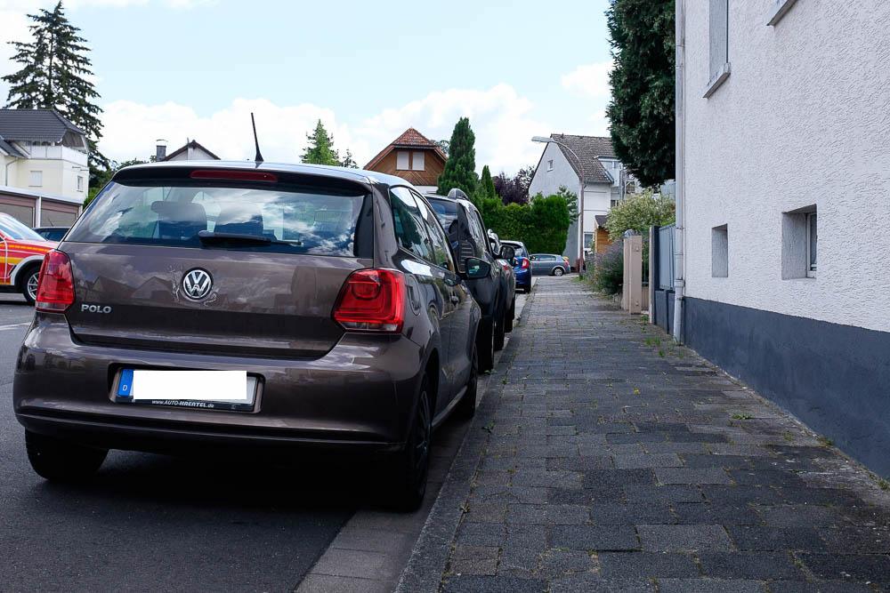 Aktion gegen falsch parkende Autos in Rodgau (c) Thomas Guthmann, 2020